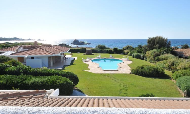 Maison unifamiliale pour l Vente à Villa Nifra Portobello, Olbia Tempio,07020 Italie